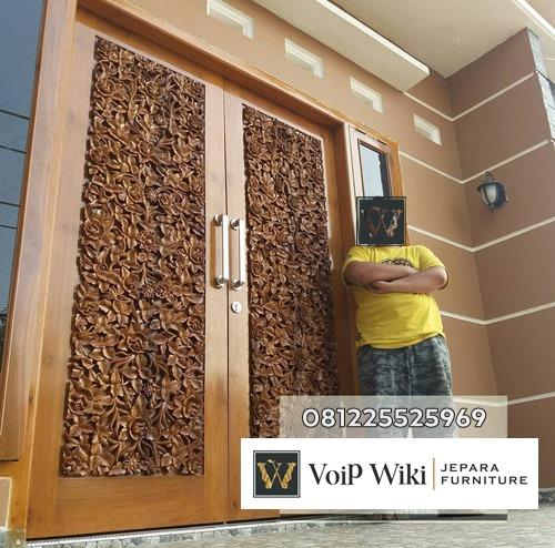 Pintu Mewah Kayu