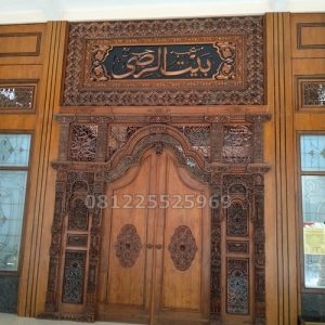 Pintu Masjid Ukir Gebyok Mewah Jepara