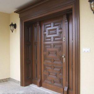 Kusen Pintu Depan