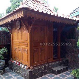 Mushola Kayu Jati Minimalis Sederhana Ukir Jepara