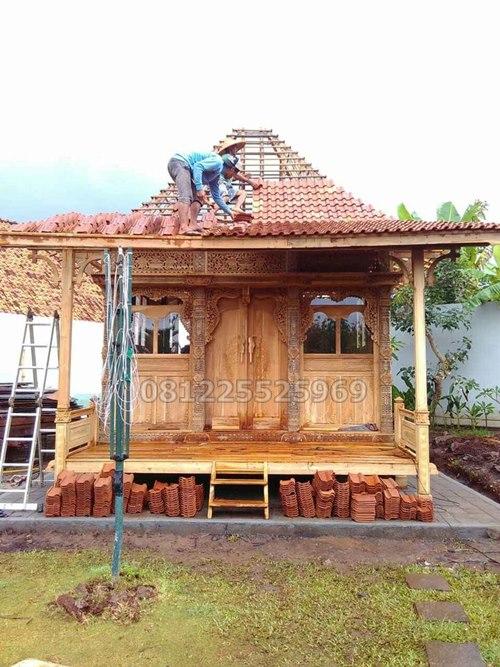 Rumah Kayu Jati Gladak Minimalis Ukir Jepara Tampak Depan