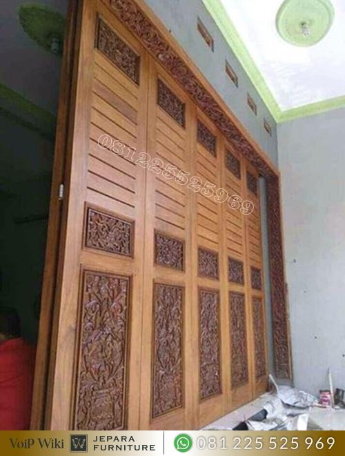 Pintu Garasi Ukir