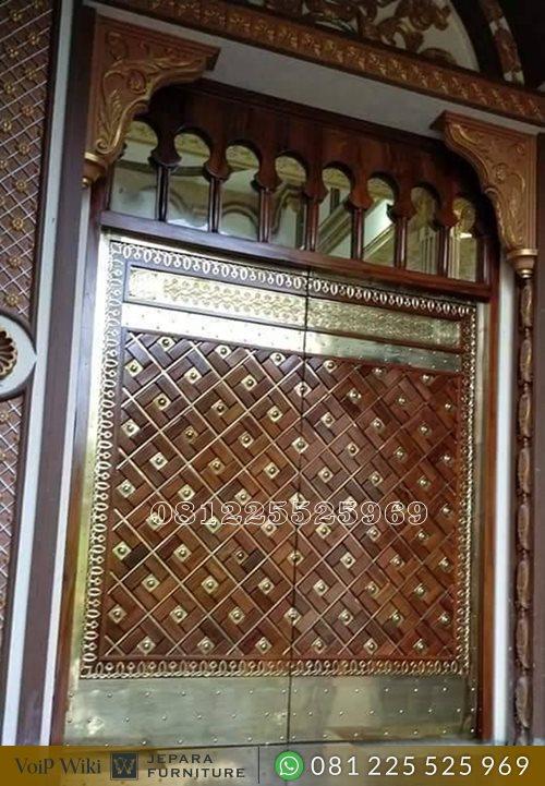 Replika Pintu Masjid